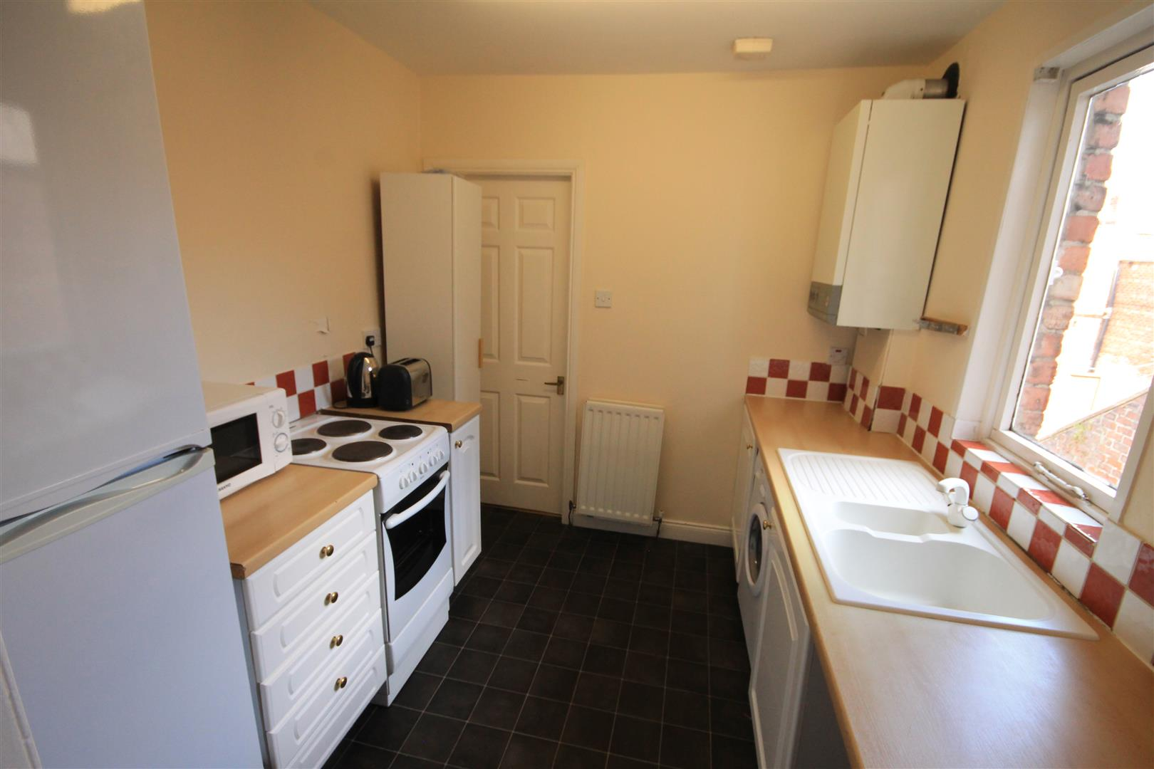 Wolseley Gardens Newcastle Upon Tyne, 4 Bedrooms  Maisonette ,1 Receptions ,Let Agreed